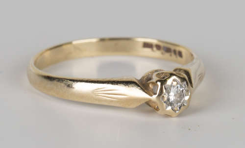 A 9ct gold and diamond single stone ring, mounted with a circular cut diamond, ring size approx O.