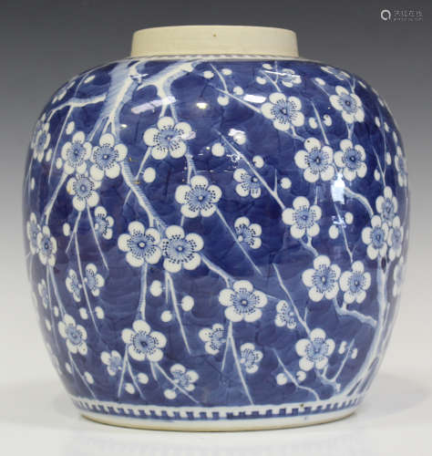A Chinese blue and white porcelain ginger jar, late 19th/early 20th century, of stout ovoid form,