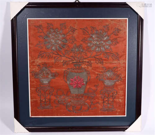 CHINESE EMBROIDERY TEXTILE OF FLOWER IN VASE