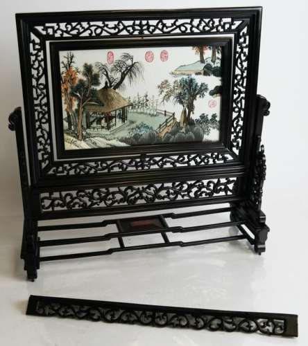 Chinese Reticulated Scenic Revolving Table Screen