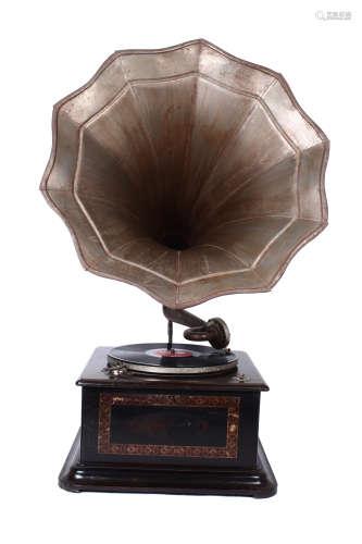 Pre war era vintage Gramophone HMV