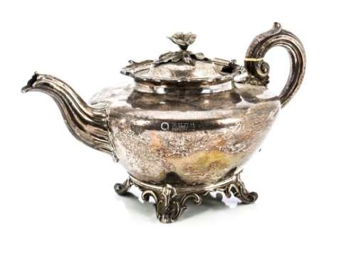 A William IV silver teapot by the Barnards, London 1836, with flower finial, shaped rim on