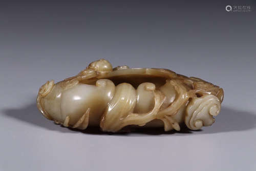 HETIAN JADE 'LINZHI' BRUSH WASHER