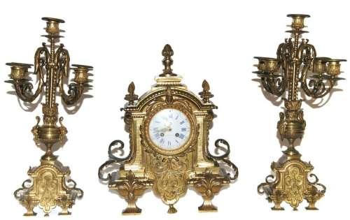 trittico in bronzo dorato sec.XIX h 48/42