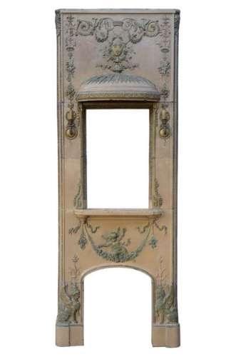 Rare cheminée de style Louis XVI en grès émaillé e…