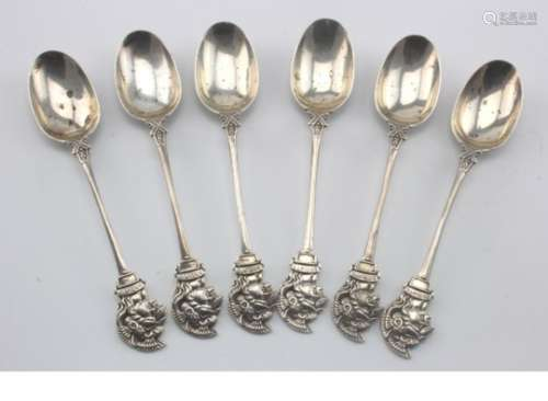 Artist Rifles set of six silver hallmarked tea spoons (Sheffield 1918).  (6)  80-100-80  V6584