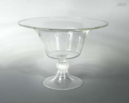 A large Seguso Murano glass centrepiece,