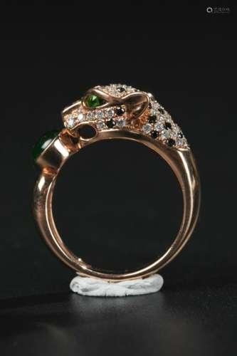 JADEITE AND DIAMOND ON GOLD RING