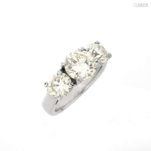3.24ct TW Diamond and Platinum Ring