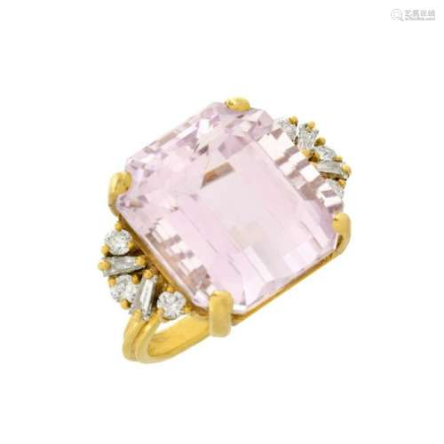 Kunzite, Diamond and18K Ring