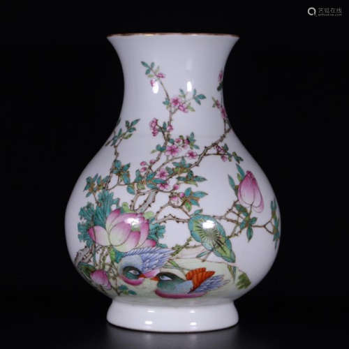 CHINESE PORCELAIN FAMILLE ROSE DUCK AND FLOWER VASE