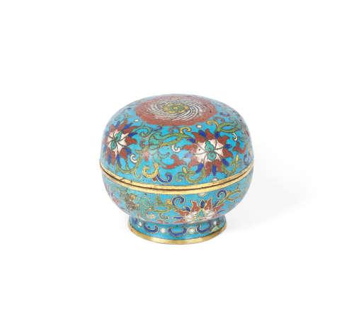 18th century A cloisonné enamel circular box and cover