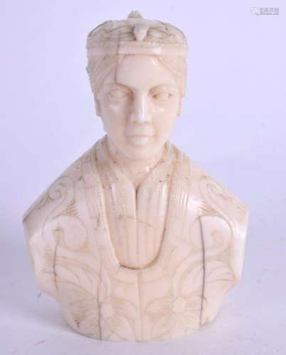 A 19TH CENTURY CONTINENTAL CARVED BUST OF A QUEEN