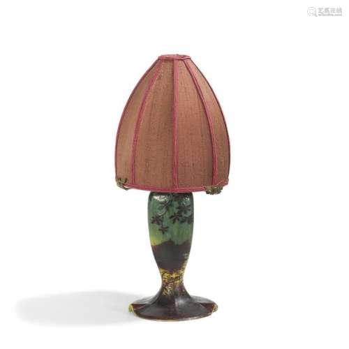 D'AURYS Paysage lacustre Pied de lampe de table. É…