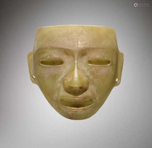 Masque en pierre tecali<br />Culture Teotihuacan, Vallée de Mexico<br />Classique, 450-650 AP. J.-C.