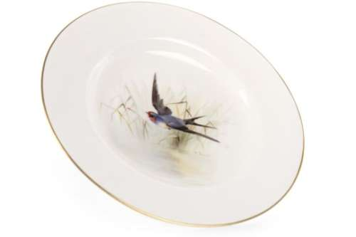 A ROYAL WORCESTER PLATE BY WILLIAM POWELL