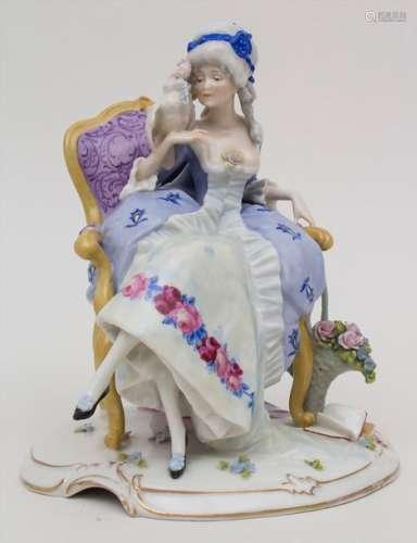 Große Figur einer jungen Dame mit Kakadu / A young…