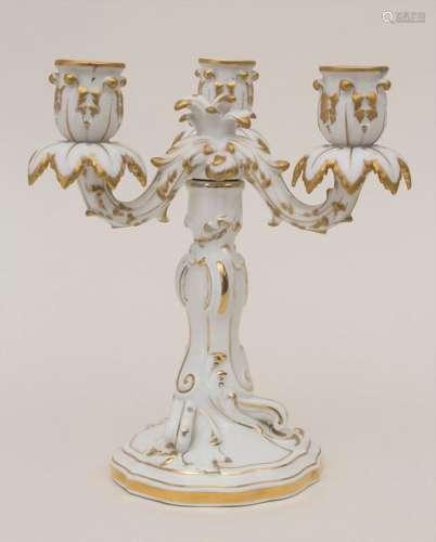 Dreiflammiger Leuchter / A candleholder, Meissen, …