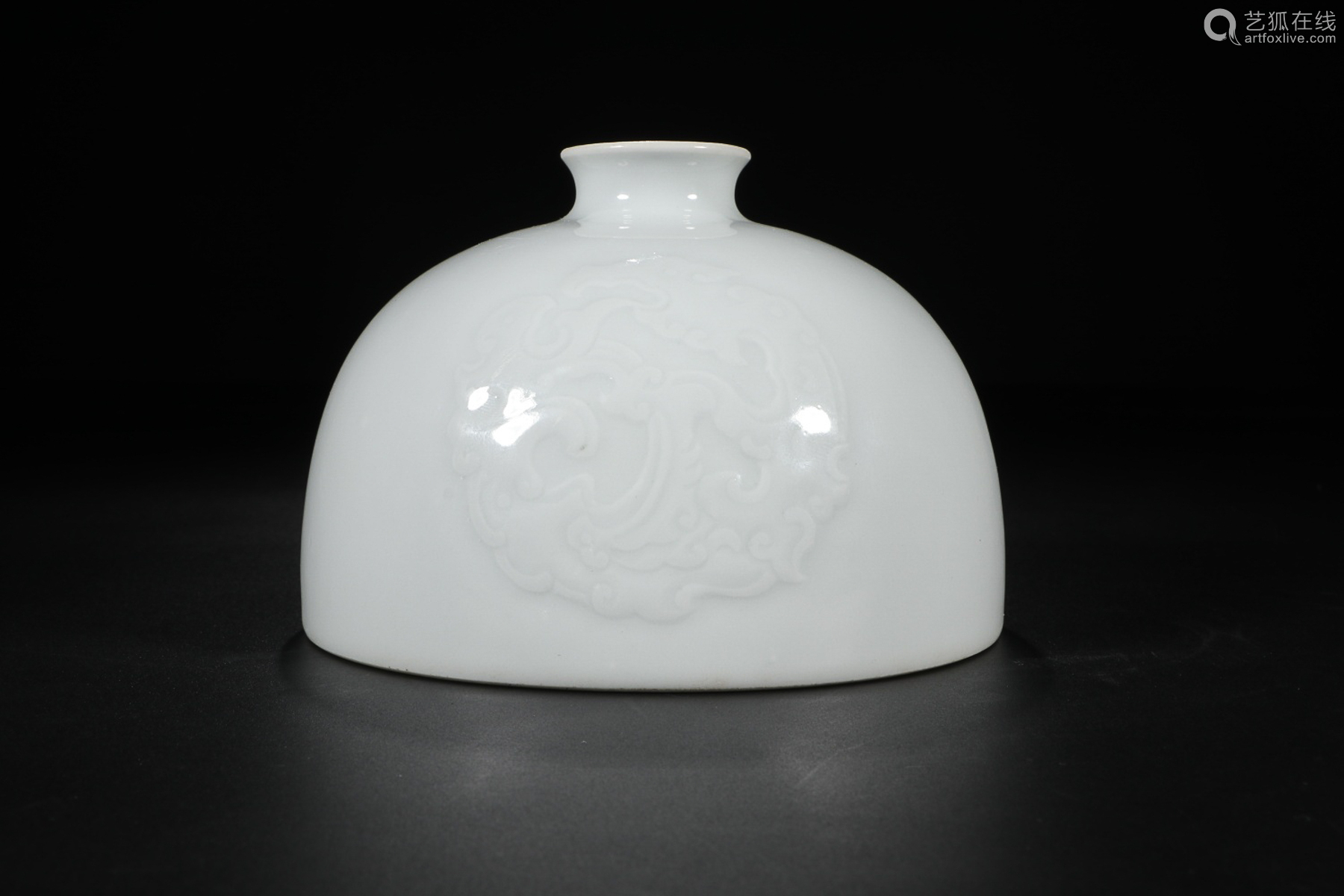 KANGXI MARK WHITE GLAZE ZUN VESSEL