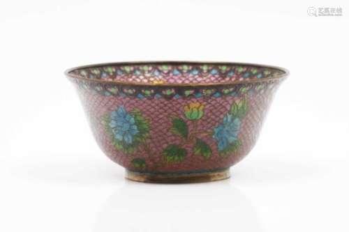 A Plique-à-jour bowlMetal and cloisonné enamelsFloral on pink background decorationChina, 19th/