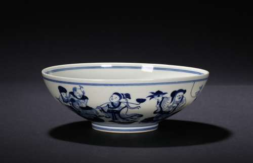 A BLUE AND WHITE EIGHT IMMORTAL BOWL