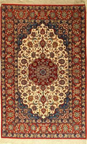 Fine Isfahan rug old, Persia, approx. 40 years, wool
