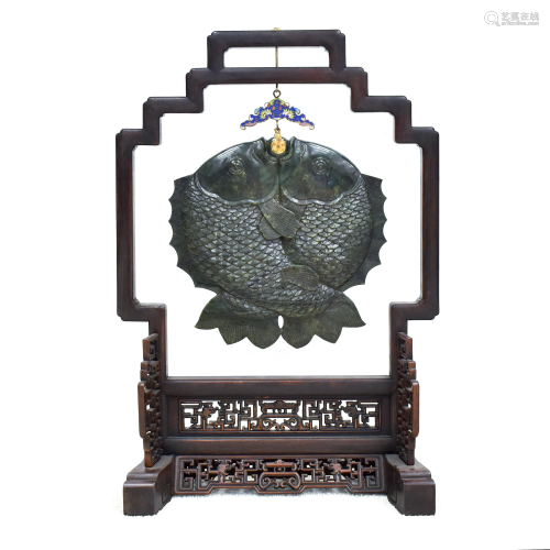 LARGE HANGING MUSICAL GREEN JADE CHIME…