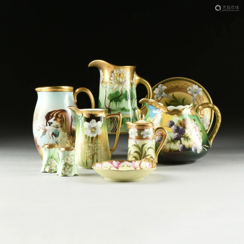 A GROUP OF NINE GREEN AND GOLD PORCELAI…