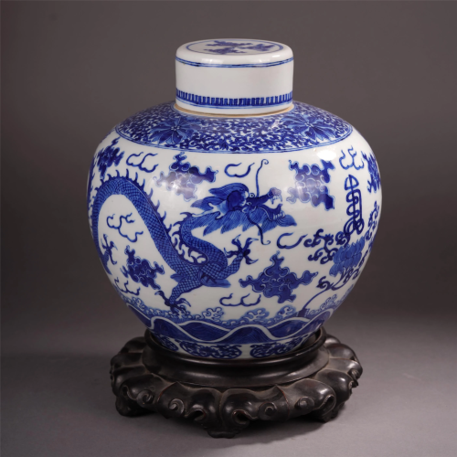 A CHINESE PORCELAIN BLUE AND WHITE DRAGON F…