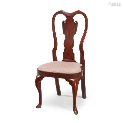 Queen Anne carved walnut side chair, Philadelph…