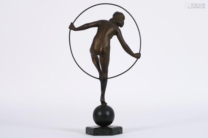 Art Deco sculpture in bronze : \