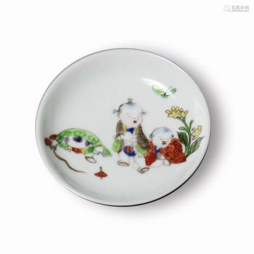 A Famille-Rose 'Figure' Dish, Possibly Ming dynasty或明 粉彩人物故事小碟