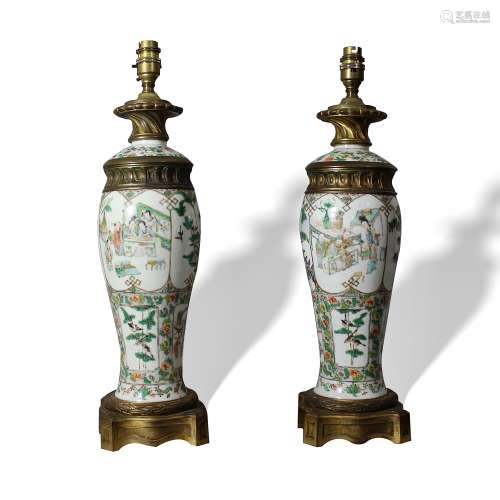 A Pair of Famille-Rose 'Figure' Lamps, 19th Century19世纪 粉彩人物故事台灯( 一对)