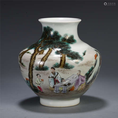 CHINESE WUCAI PORCELAIN FIGURE AND STORY VASE