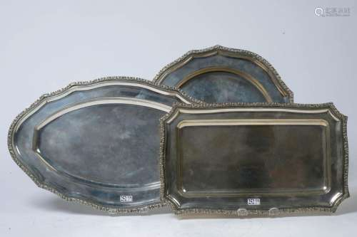 Set of three trays: one rectangular, one round and…