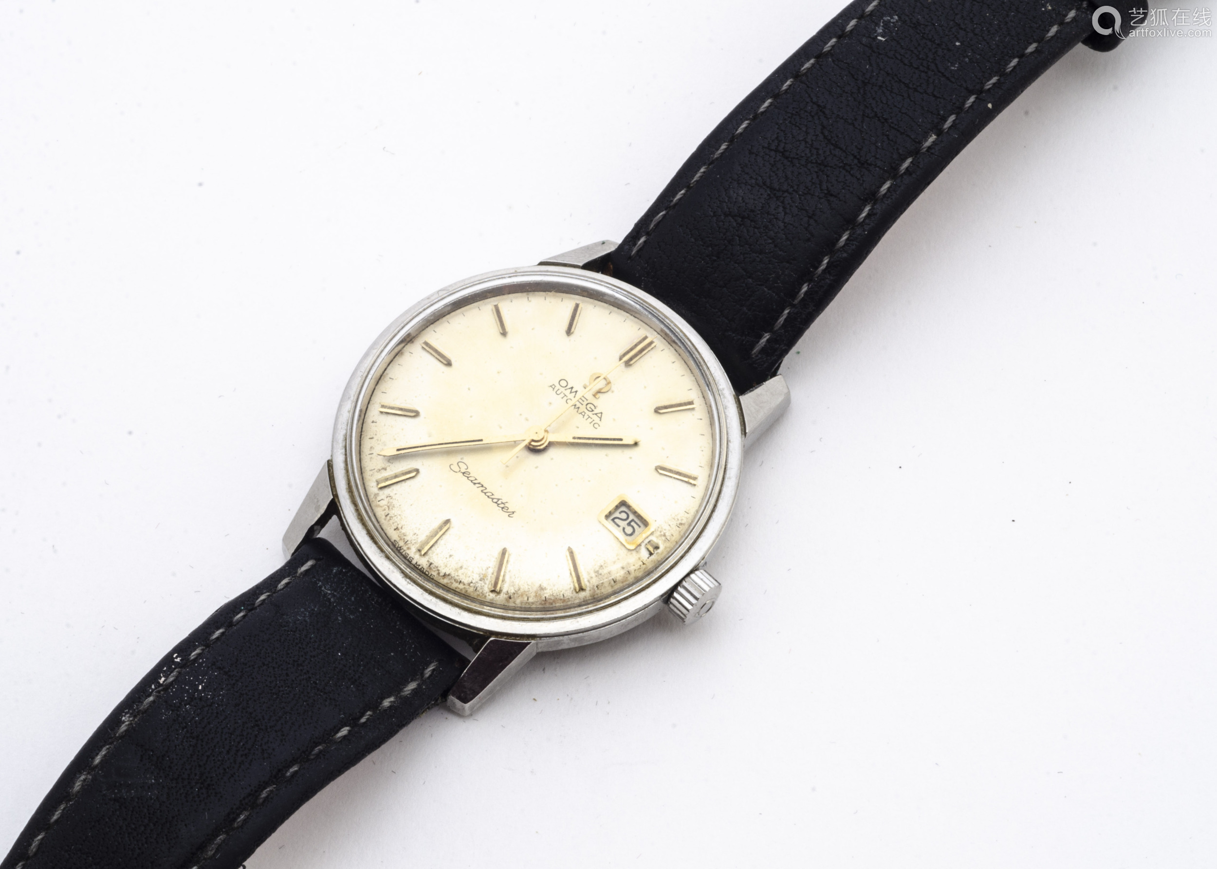 A 1960s Omega Sea****** Automatic stainless steel gentleman's wristwatch, 34mm, silvered dial with