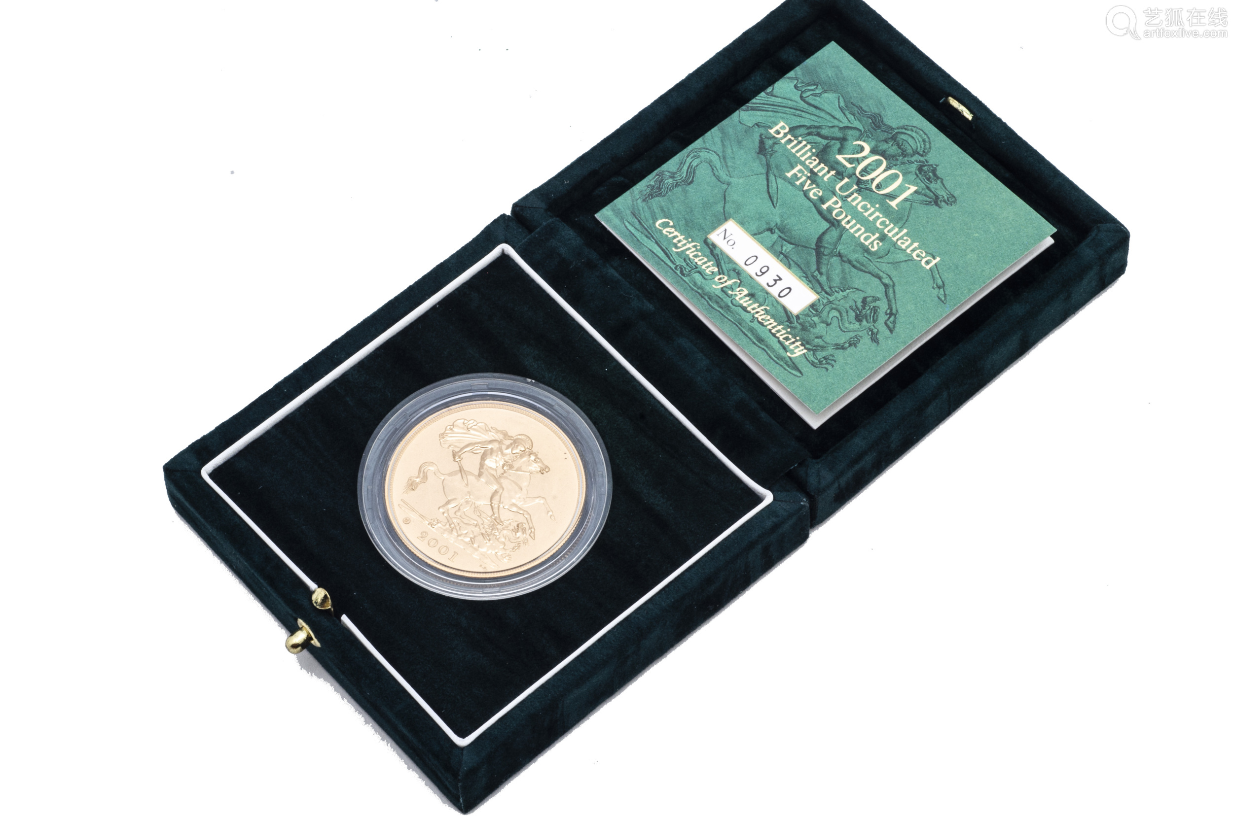 A modern Royal Mint UK Brilliant Uncirculated Five Pounds Gold coin, dated 2001, in fitted box
