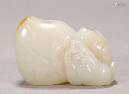 Qing Dynasty - Hetian Jade Brush Holder