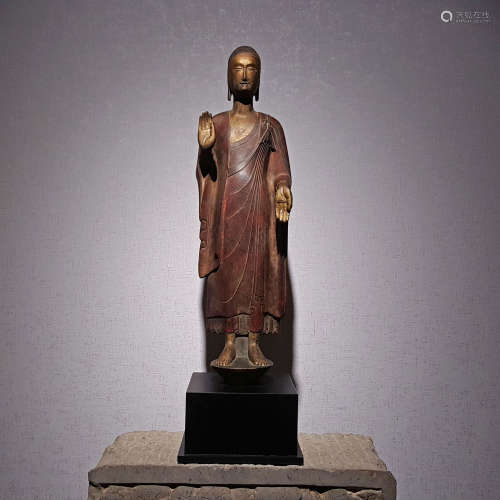 A NORTHERN WEI PAINTED SAKYAMUNI IN LACQUER CARVING