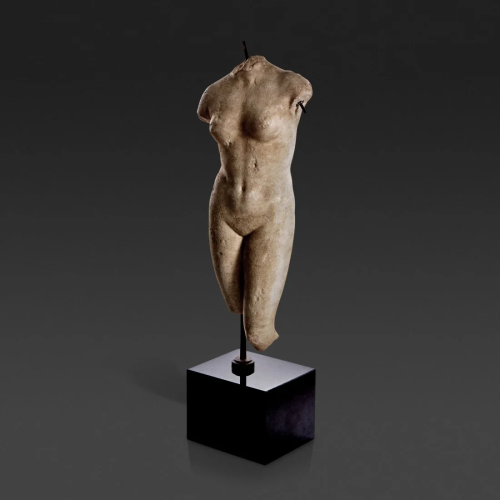 A Roman carved marble figure of Venus, Circa 2nd