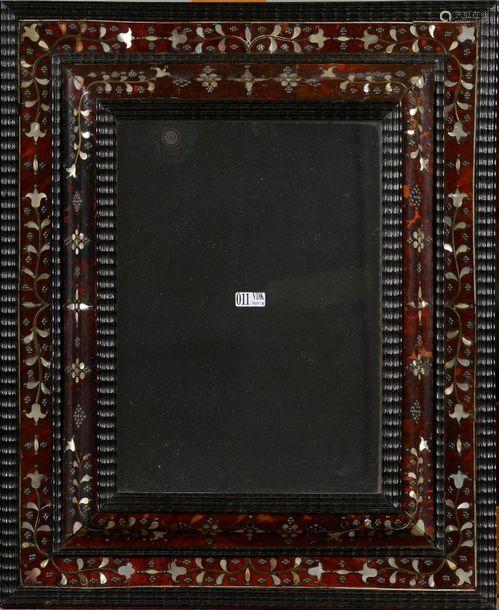 Miroir rectangulaire en bois noirci, placage d'éca…