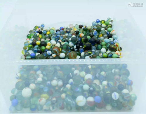 A Large collection of Marbles. (qty)