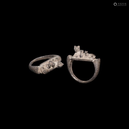 Romano-Egyptian Silver Ring with Cat and Kittens
