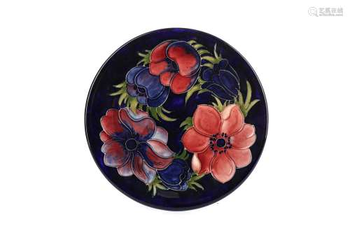 A MOORCROFT 'CLEMATIS' PATTERN PLATE