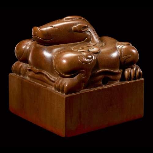 An exceptional imperial tanxiangmu 'Jingtian Qinmin' seal Qi...