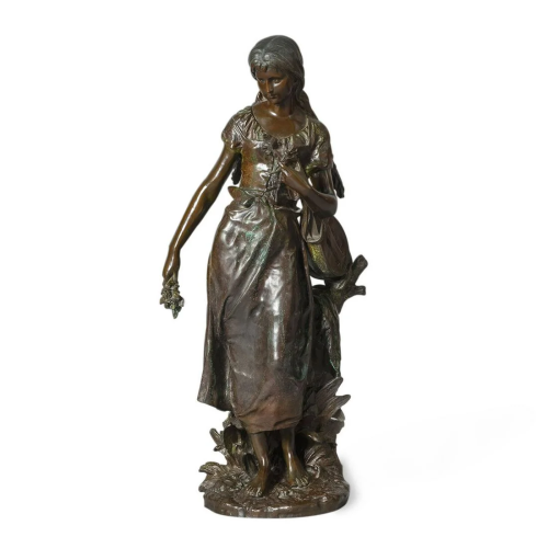 BronzeSculptureofLady,SignedH.MOREAUin1875