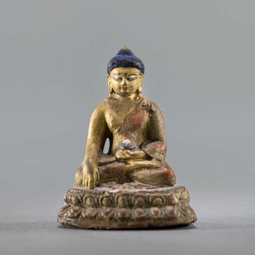Tsa-tsa mit Lama-Darstellungen und ein kleiner Buddha Shakya...