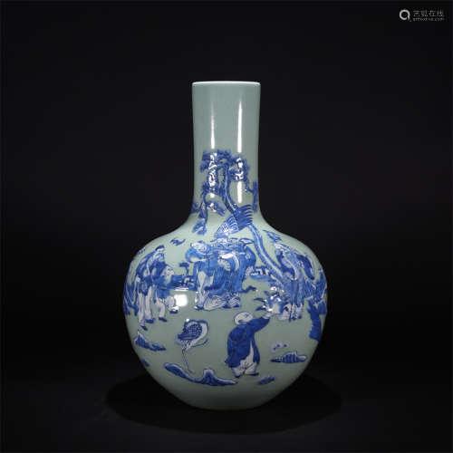 A celadon-glaze and underglaze-blue figural tianqiuping