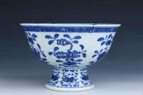 Blue-and-white Stem Bowl
