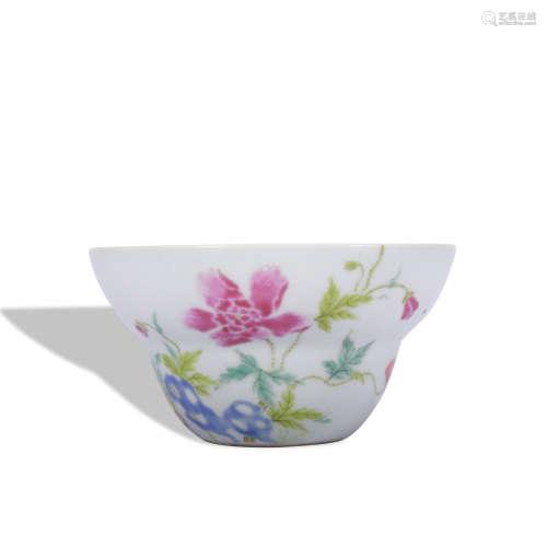 A famille-rose 'floral' bowl